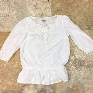 White peasant 3/4 sleeve top size xs